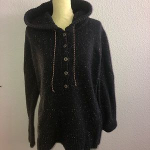Patagonia Hooded Sweater